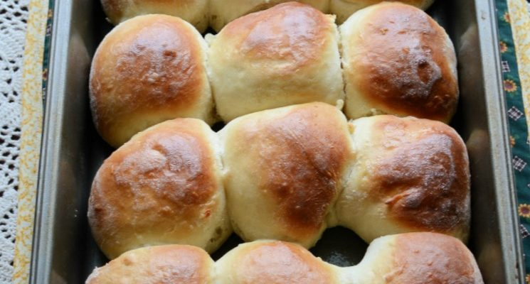 Sixty Minute Yeast Dinner Rolls